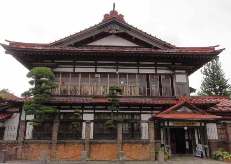 斜陽館の建物